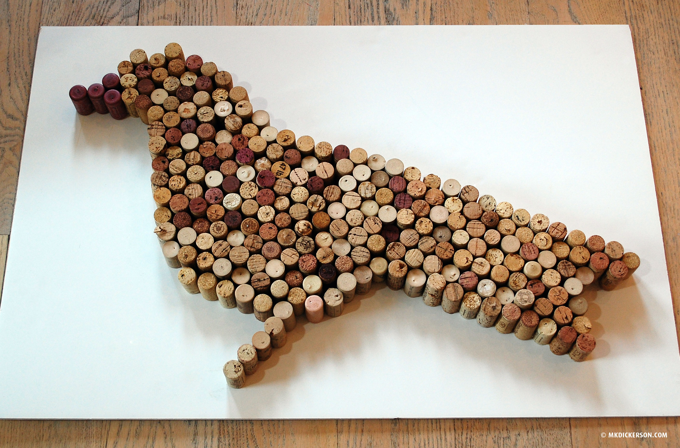 Bird house plan made out of wine corks plans free download for How to build a birdhouse out of wine corks